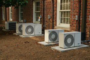 1200px-2008-07-11_Air_conditioners_at_UNC-CH